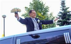 wedding photography Toronto, Love story, special event, groom, limo